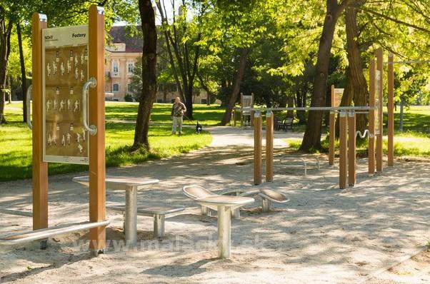 V Zámockom parku je aj exterieróvé fitnescentrum Foto: Malacky.sk