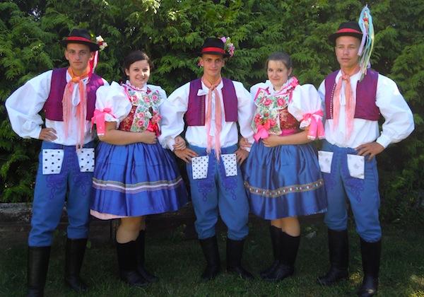Folklorne-zdruzenie-Fjertusek-moravsky-svaty-jan-sekule
