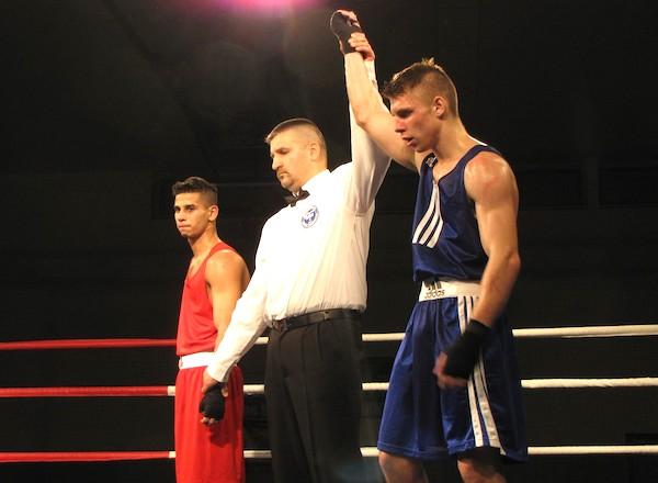 Jaro-Hanusek-vitaz-nad-madarskym-reprezentantom-Andras-Zambo-Boxing-One-malacky