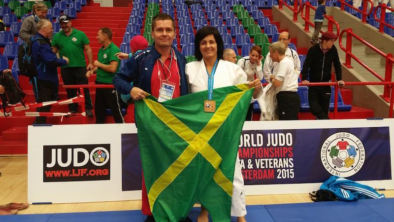 majsterka-sveta-judo-karin-dinusova-lab