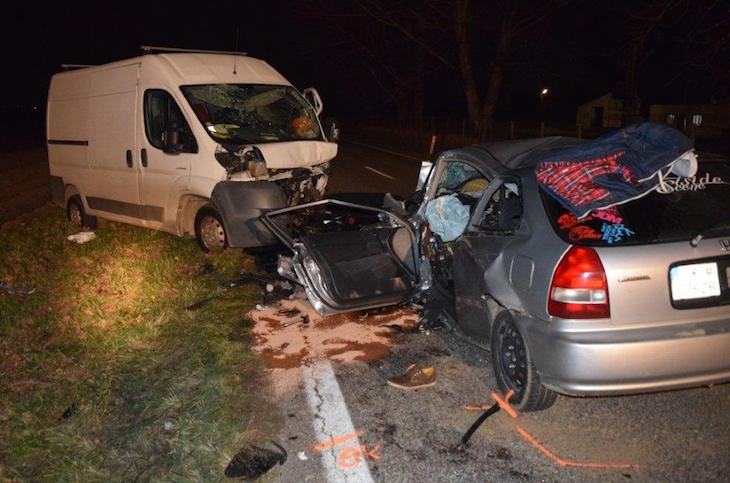 dopravna-nehoda-cary-sastin-straze