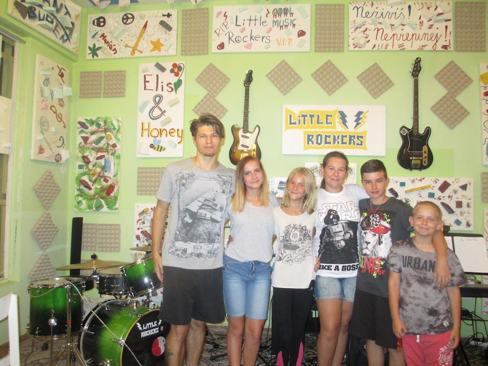 robim_co_ma_bavi_little_rockers_3