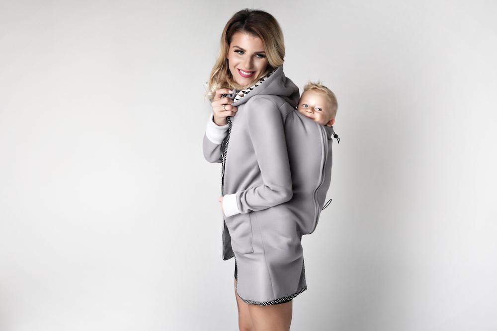 c68d4af927a8 Dizajnové nosičské oblečenie. Práve toto oblečenie je veľmi praktické pre  všetky mamičky