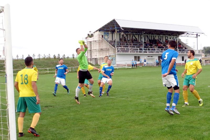 Futbal: Hlboké - Štefanov